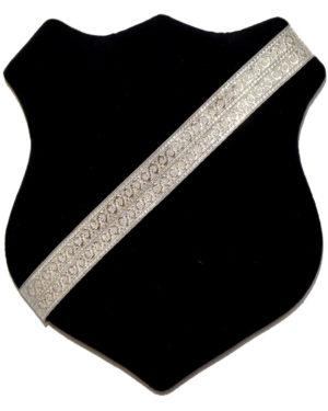 Märkessköld - Svart med silverband